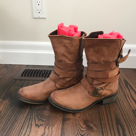 Steve Madden Shoes - Steve Madden Booties!